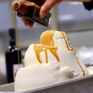 Decorazione del gelato in vaschetta - corso Roma