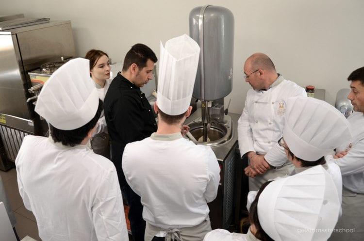 corso schiavon_formazione in gelateriain gelateria